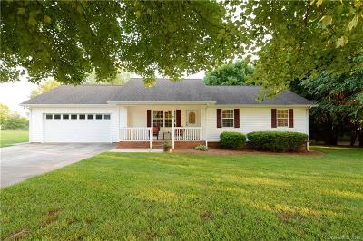 Iredell County Single Family Home For Sale: 130 Westscott Drive