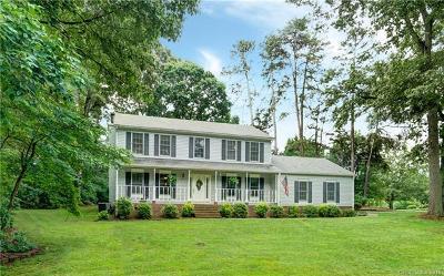 Denver Single Family Home For Sale: 154 Caroline Court
