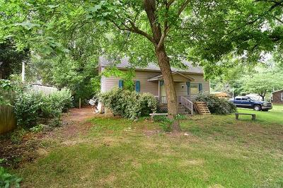 Cornelius Single Family Home For Sale: 19540 Oak Street