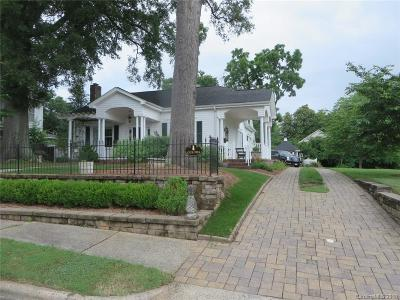 Dallas Single Family Home Under Contract-Show: 306 Main Street W