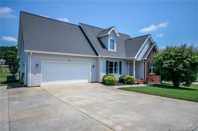 Statesville Single Family Home For Sale: 238 Lippard Springs Circle