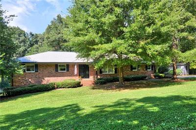 Cornelius Single Family Home Under Contract-Show: 18662 Statesville Road