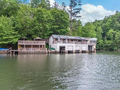 Saluda Single Family Home For Sale: 272 S Summit Ridge Road