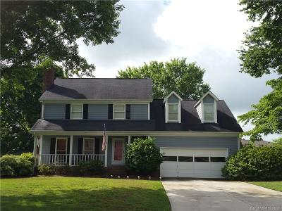 Single Family Home For Sale: 13708 Tynecastle Lane
