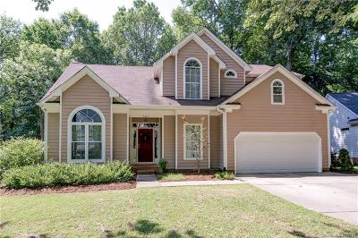 Charlotte Single Family Home For Sale: 7323 Maitland Lane