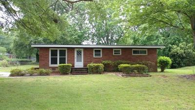 Mooresville Single Family Home For Sale: 377 Wedgewood Drive