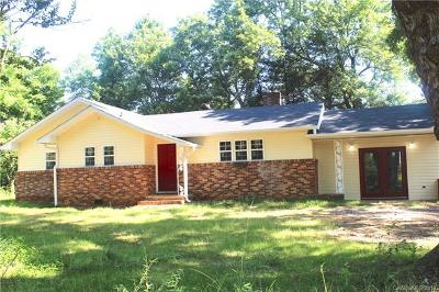 Shelby NC Single Family Home For Sale: $135,500