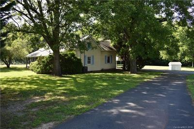 Kannapolis Single Family Home For Sale: 8444 Cloverfield Drive