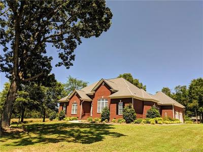 Single Family Home For Sale: 7111 Wolf Pond Road