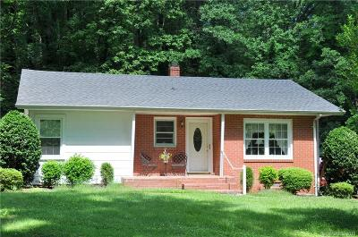 Hendersonville Single Family Home Under Contract-Show: 385 Browning Avenue