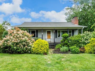 Leicester Single Family Home For Sale: 18 Chapel Hill Place