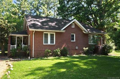 Hendersonville Single Family Home For Sale: 207 & 209 Holbert Road