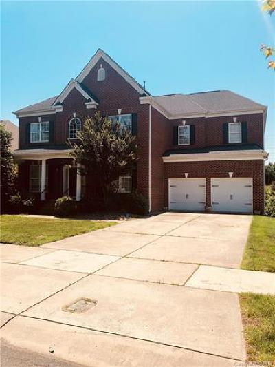 Huntersville Single Family Home For Sale: 14438 Westgreen Drive