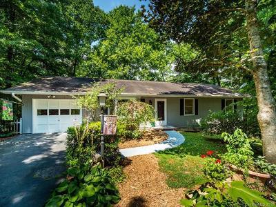 Hendersonville Single Family Home For Sale: 360 Chipmunk Drive