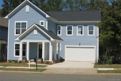Huntersville Single Family Home For Sale: 8219 Dumphries Drive