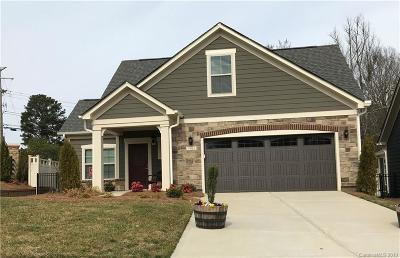 Huntersville Single Family Home For Sale: 7905 Parknoll Drive #1