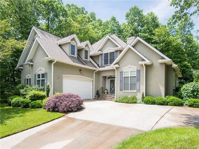 Hendersonville Single Family Home For Sale: 170 Fernbrook Way