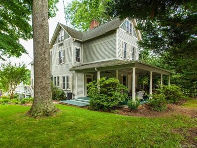 Weaverville Single Family Home For Sale: 42 Church Street