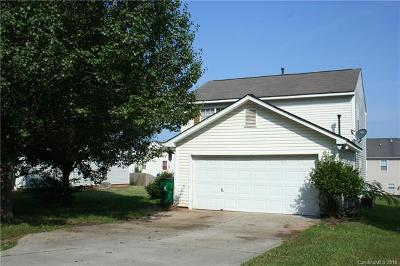 Charlotte Single Family Home For Sale: 7011 Red Bud Circle