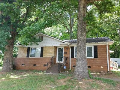 Charlotte NC Single Family Home For Sale: $109,000