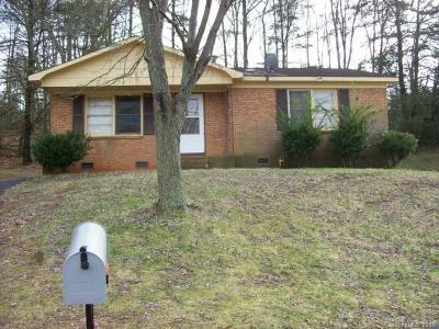 Charlotte Single Family Home For Sale: 629 Dunbrook Lane