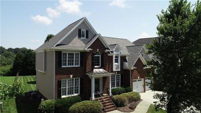 Mooresville Single Family Home For Sale: 130 Montibello Drive