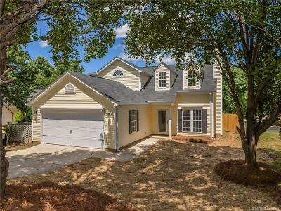 Charlotte Single Family Home For Sale: 9923 Sweet Plum Drive