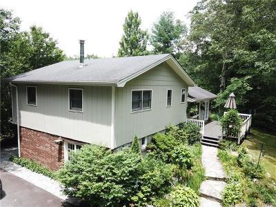 Brevard Single Family Home For Sale: 25 Slick Rock Road #Tri-Leve