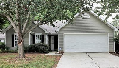 Matthews Single Family Home Under Contract-Show: 3242 Longspur Drive #101