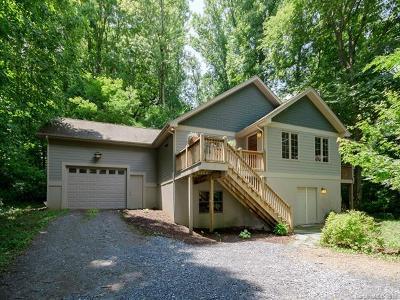 Waynesville Single Family Home For Sale: 290 Sams Trail