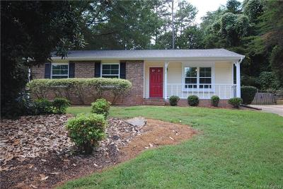 Mint Hill Single Family Home Under Contract-Show: 7014 Clear Crossing Lane