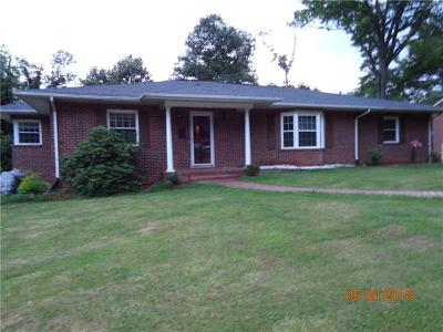 Caldwell County Single Family Home For Sale: 532 Mountain View Street SW