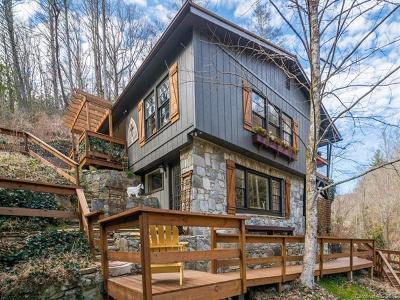 Hendersonville Single Family Home For Sale: 865 Middle Fork Road