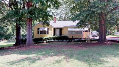 Lancaster Single Family Home For Sale: 409 Laurel Court