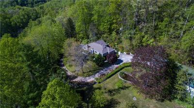 Single Family Home For Sale: 243 Cave Inn Drive