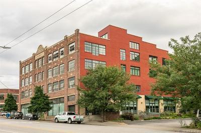 Asheville Condo/Townhouse For Sale: 100 Coxe Avenue #302