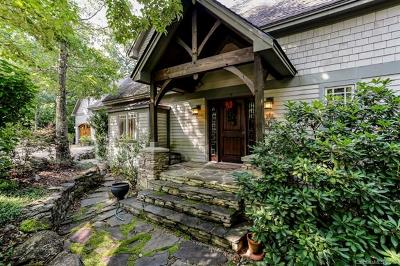 Lake Lure Single Family Home For Sale: 142 Eagles Crest Way