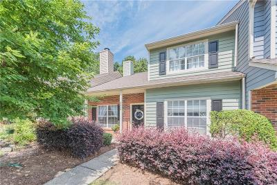 Condo/Townhouse Under Contract-Show: 9206 Four Mile Creek Road