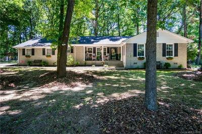 Single Family Home For Sale: 3002 Oakdale Drive