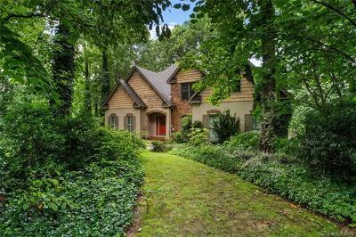 Hendersonville Single Family Home For Sale: 601 Black Walnut Court