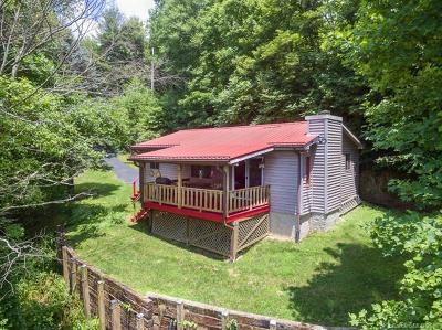 Clyde NC Single Family Home For Sale: $174,900
