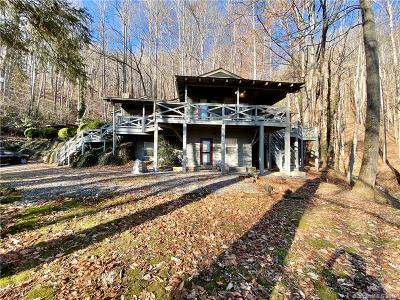 Jackson County Single Family Home For Sale: 87 Old Cabin Cove