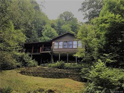 Waynesville Single Family Home For Sale: 140 Rose Garden Lane