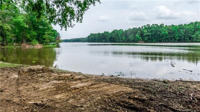 Salisbury Single Family Home For Sale: 575 Pine Needle Trail