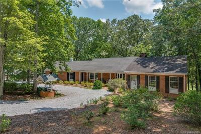 Tryon Single Family Home For Sale: 108 Bluebird Lane