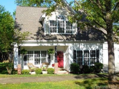 Huntersville Single Family Home For Sale: 13432 Glencreek Lane