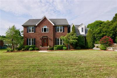 Concord Single Family Home For Sale: 4044 Morris Burn Drive