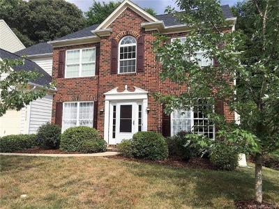 Huntersville Single Family Home For Sale: 8006 Sandowne Lane