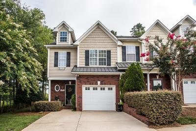 Hickory Condo/Townhouse For Sale: 4766 Braxton Gate Lane #1