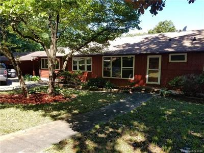Single Family Home For Sale: 711 Oakwood Drive